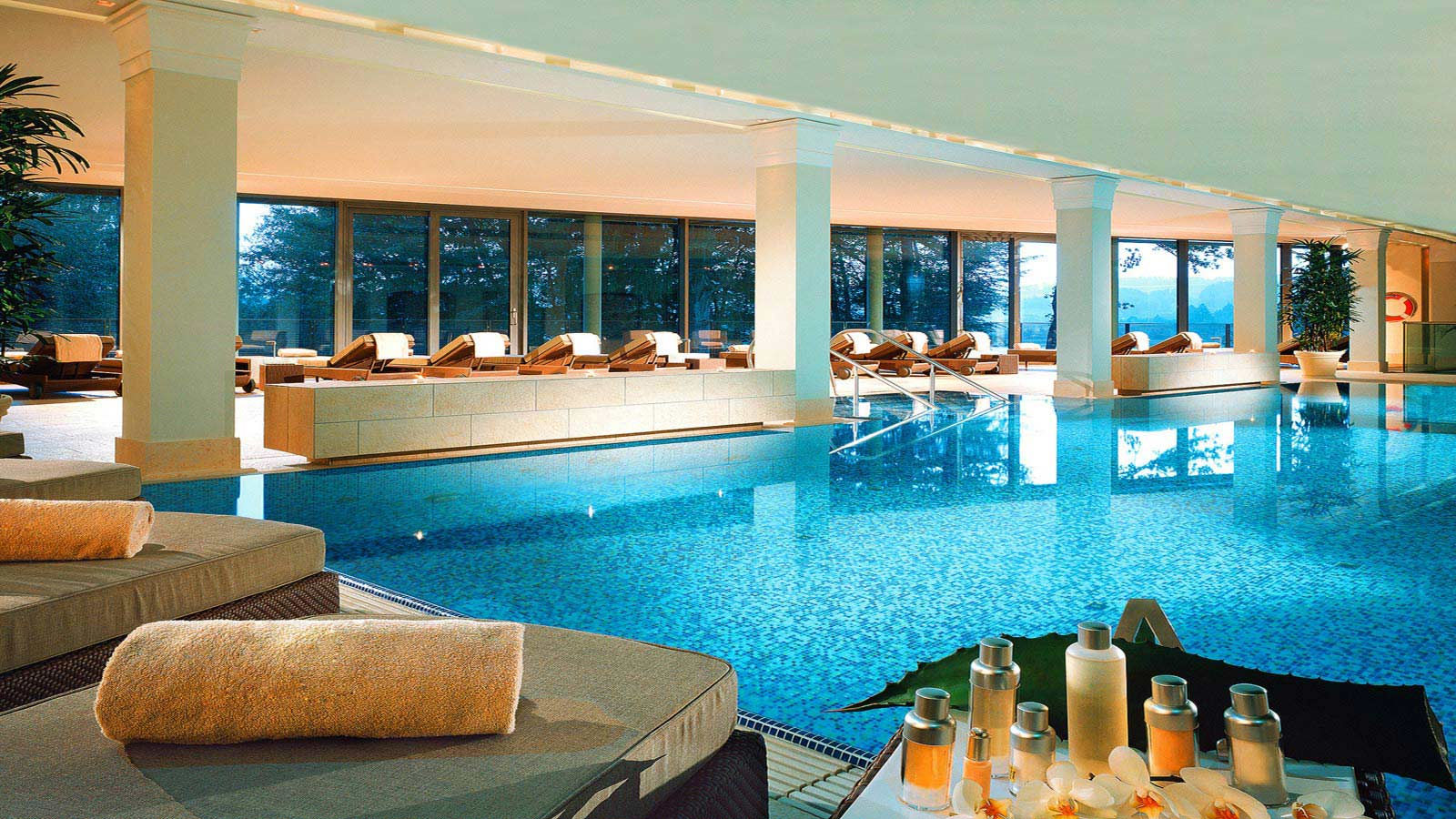 hotel austria indoor pool SPA